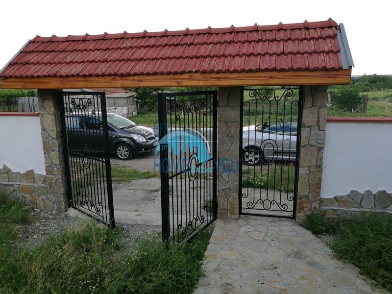 Добротный дом для круглогодичного проживания в селе Оризаре 5
