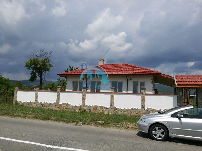 Добротный дом для круглогодичного проживания в селе Оризаре 3