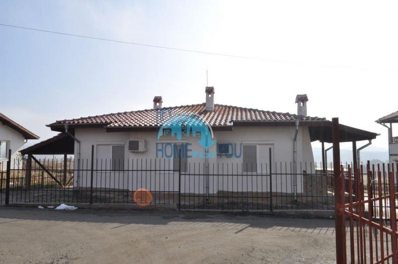 Капитальный новый дом для ПМЖ в селе Маринка