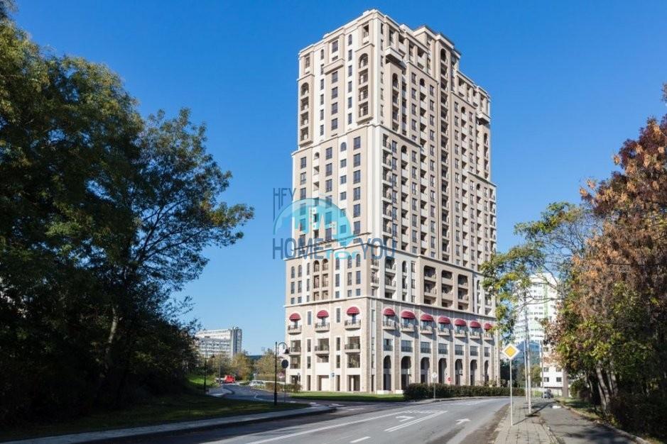 Превосходная двухкомнатная квартира в удивительном жилом доме класса люкс - «Лазурный Берег», квартал Зорница, Бургас