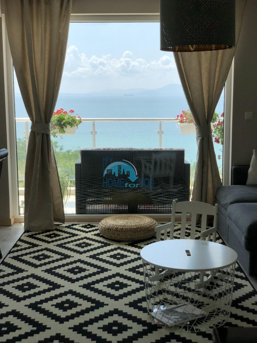 Люксозная, большая квартира с восхитительном виде на море в Бургасе 3