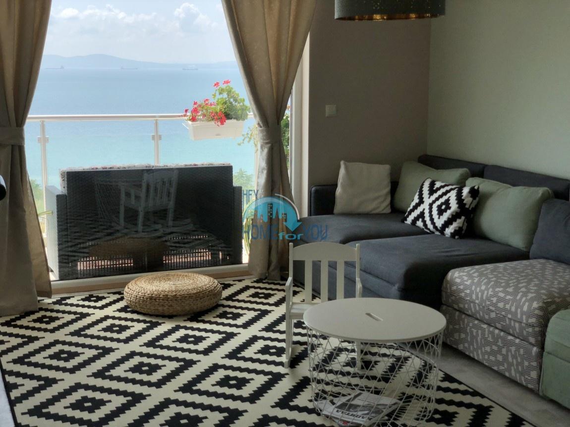 Люксозная, большая квартира с восхитительном виде на море в Бургасе 4