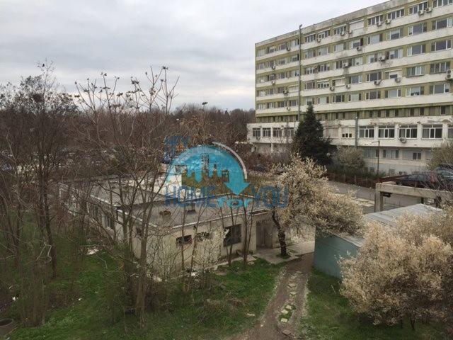Меблированная двухкомнатная квартира в комплексе Перла в городе Бургас 2