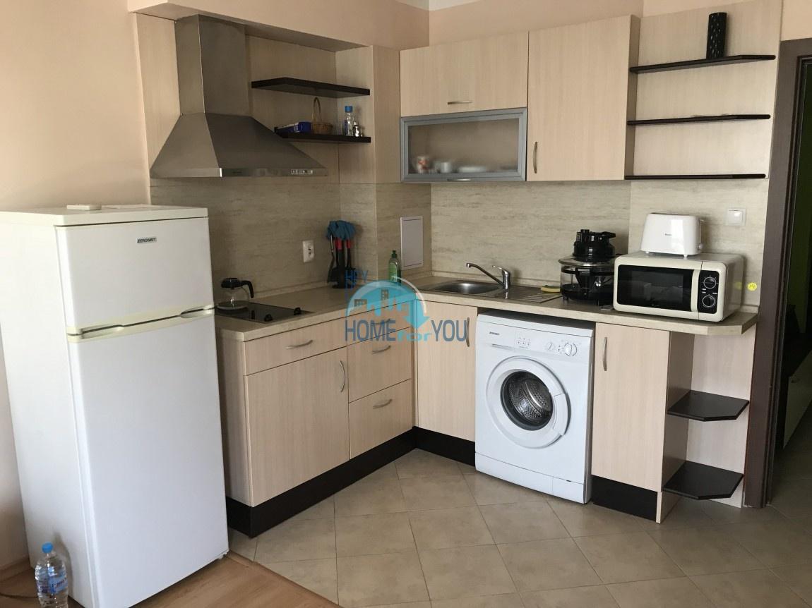 Меблированная двухкомнатная квартира в комплексе Перла в городе Бургас 7