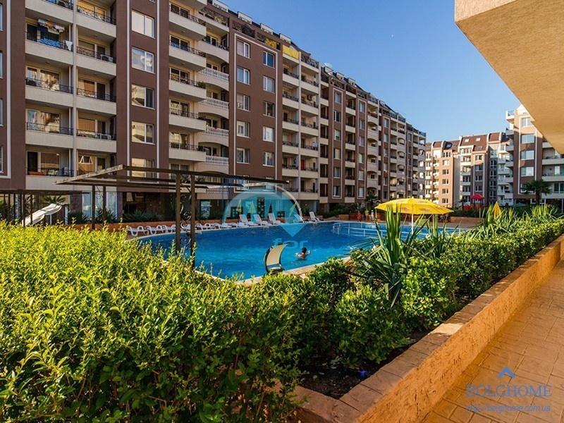 Новая трехкомнатная квартира в Бургасе, комплекс Перла