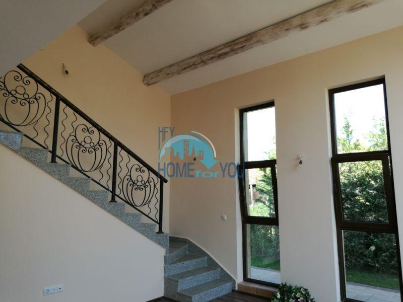 Новый капитальный дом для ПМЖ в селе Маринка 12