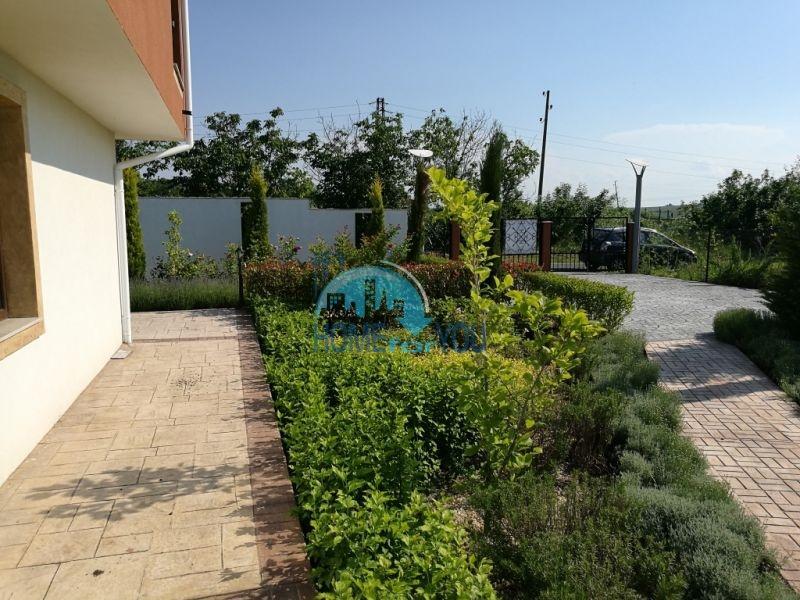 Новый капитальный дом для ПМЖ в селе Маринка 25