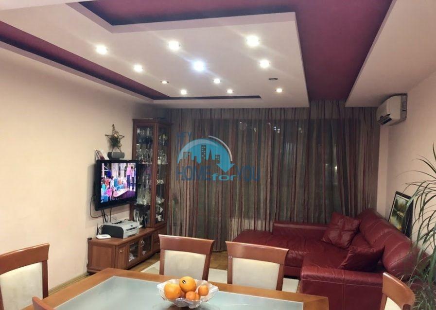 Отличная трехкомнатная квартира в городе Бургас, кв. Лазур