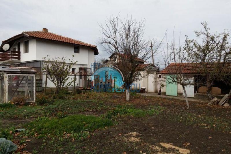 Отличный готовый дом в селе Трыстиково 5