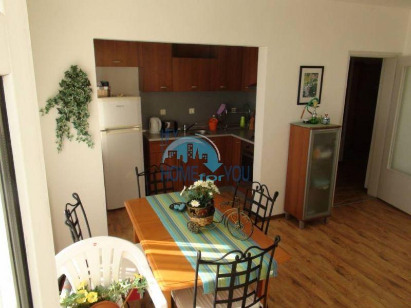 Прекрасная трехкомнатная квартира в комплексе в Сарафово 3