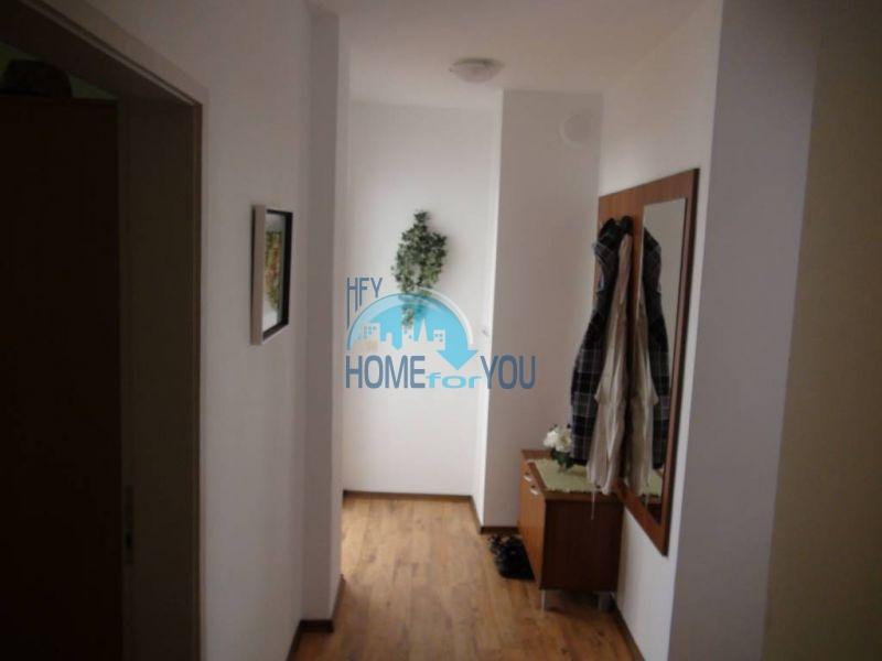 Прекрасная трехкомнатная квартира в комплексе в Сарафово 7