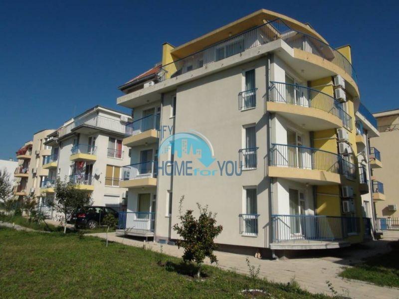 Прекрасная трехкомнатная квартира в комплексе в Сарафово 16