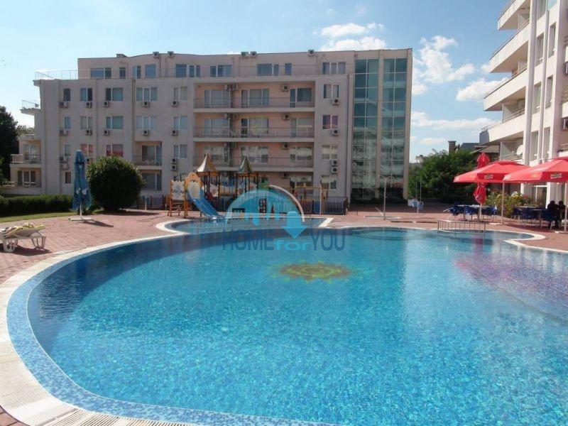 Прекрасная трехкомнатная квартира в комплексе в Сарафово 19