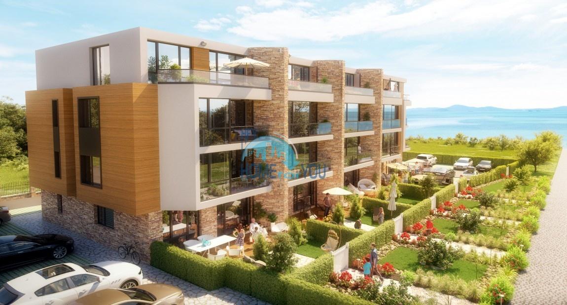 Скарабей Парк - новый жилой дом на первой линии моря в престижном квартале Сарафово, Бургас