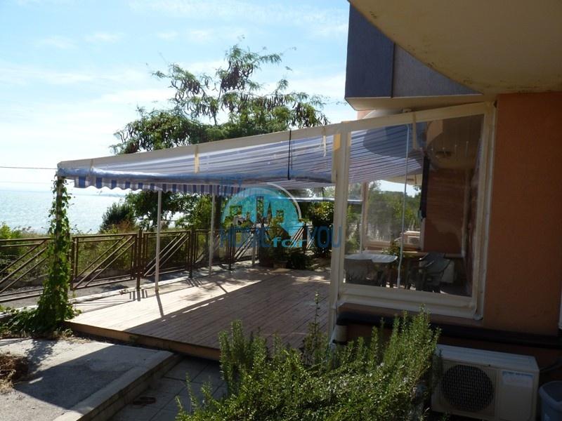 Трехкомнатная квартира с видом на море в районе Сарафово, Бургас
