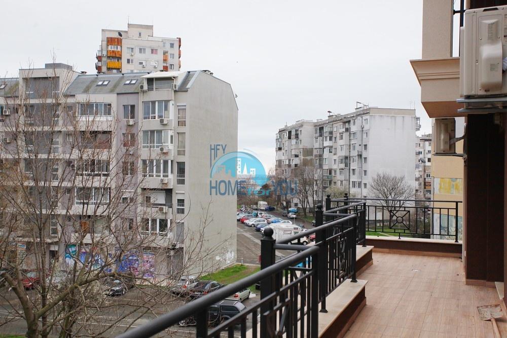 Трехкомнатная квартира в городе Бургас, кв. Изгрев