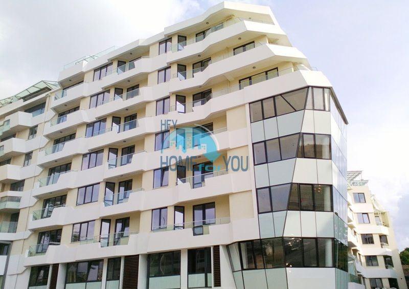 Новая многокомнатная квартира в самом центре Бургаса