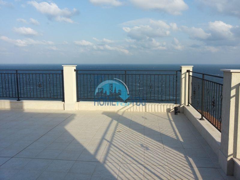 Двухкомнатная квартира с видом на море в городе Бяла - первая линия 12