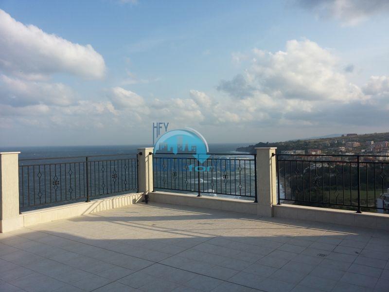 Двухкомнатная квартира с видом на море в городе Бяла - первая линия 13