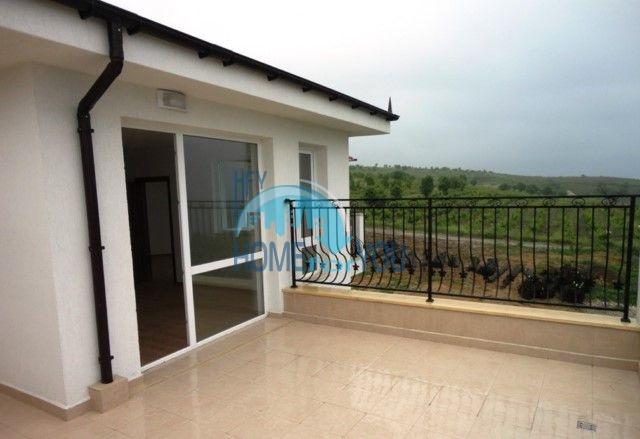 Двухкомнатная квартира с видом на море в курорте Бяла 2