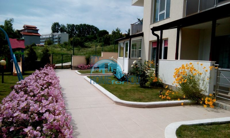 Новая квартира с фронтальным видом моря в Бяле