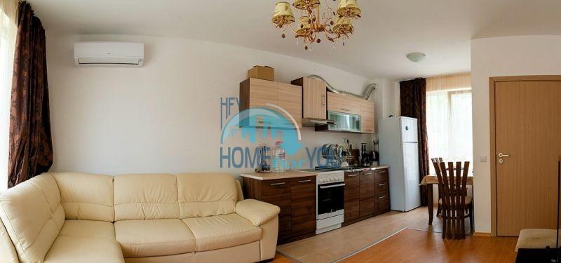 Меблированная просторная квартира на продажу в курорте Бяла