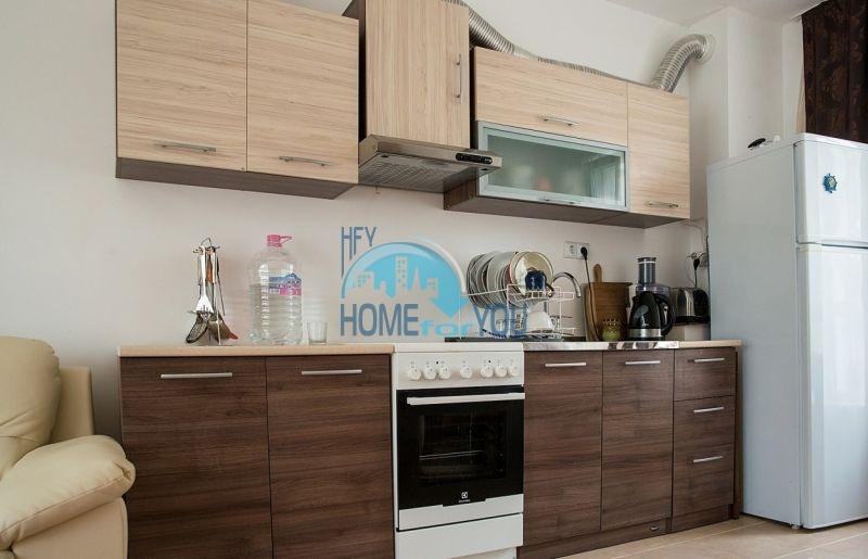 Меблированная просторная квартира на продажу в курорте Бяла 2