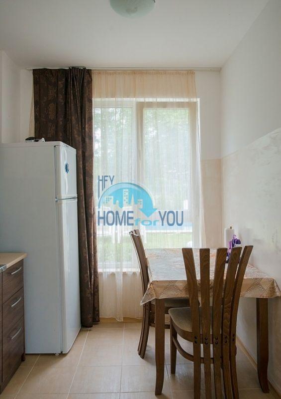 Меблированная просторная квартира на продажу в курорте Бяла 4