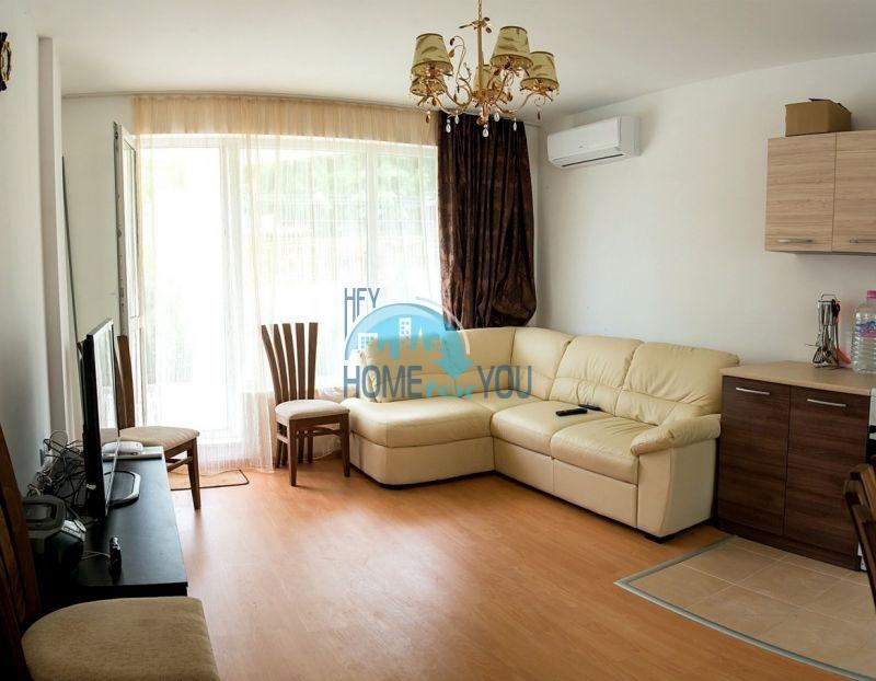 Меблированная просторная квартира на продажу в курорте Бяла 5