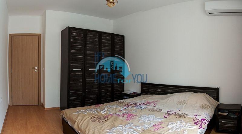 Меблированная просторная квартира на продажу в курорте Бяла 6