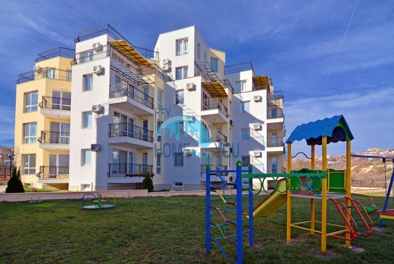 Недвижимость в Бяле - двухкомнатная квартира с видом на море