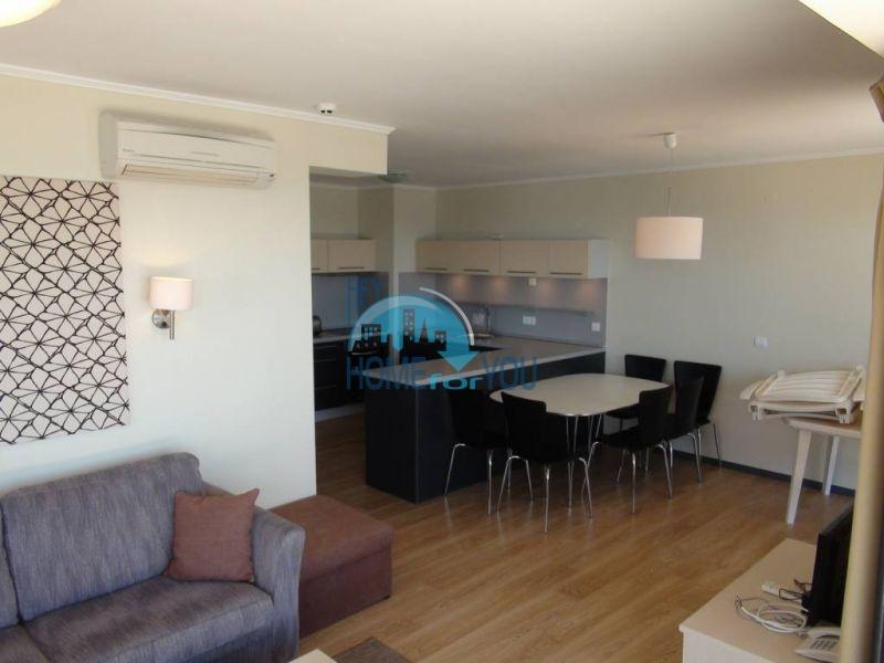 Просторная квартира с двумя спальнями в городе Бяла