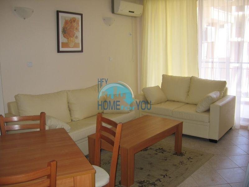 Продажа элитной двухкомнатной квартиры на первой линии в курорте Царево