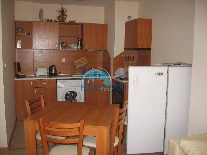 Продажа двухкомнатной квартиры на первой линии в курорте Царево 2