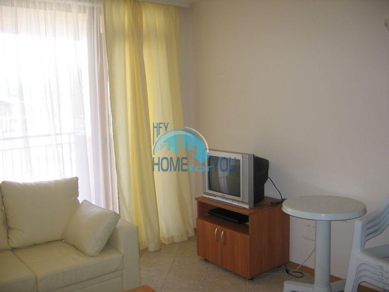 Продажа двухкомнатной квартиры на первой линии в курорте Царево 3