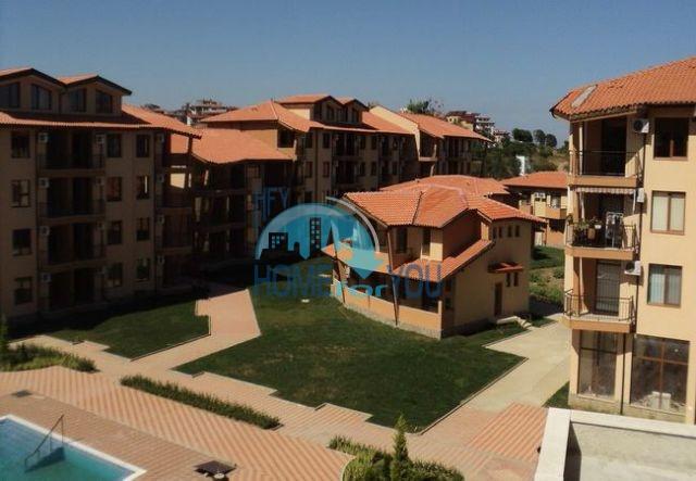 Продажа двухкомнатной квартиры на первой линии в курорте Царево 6
