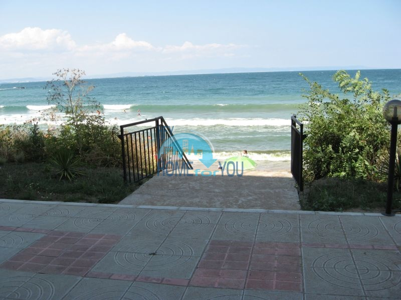 Большая меблированная студия у моря в курорте Черноморец 3
