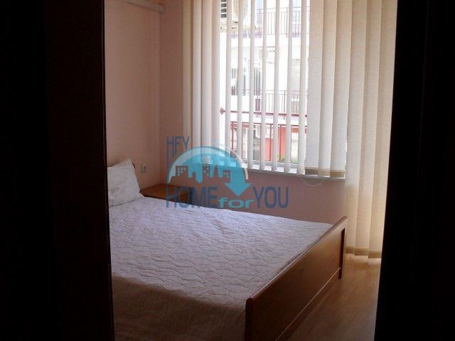 Двухкомнатная квартира на первой линии моря в курорте Елените 11