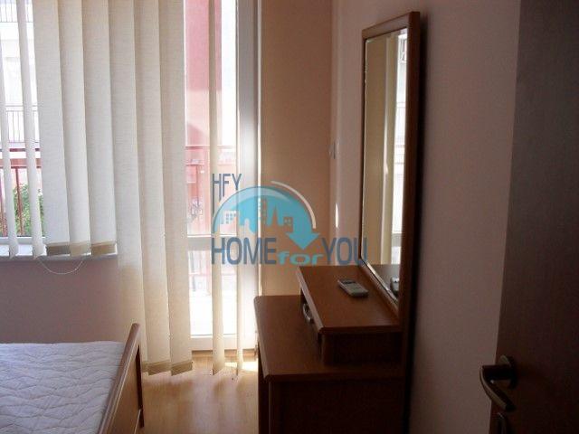 Двухкомнатная квартира на первой линии моря в курорте Елените 12