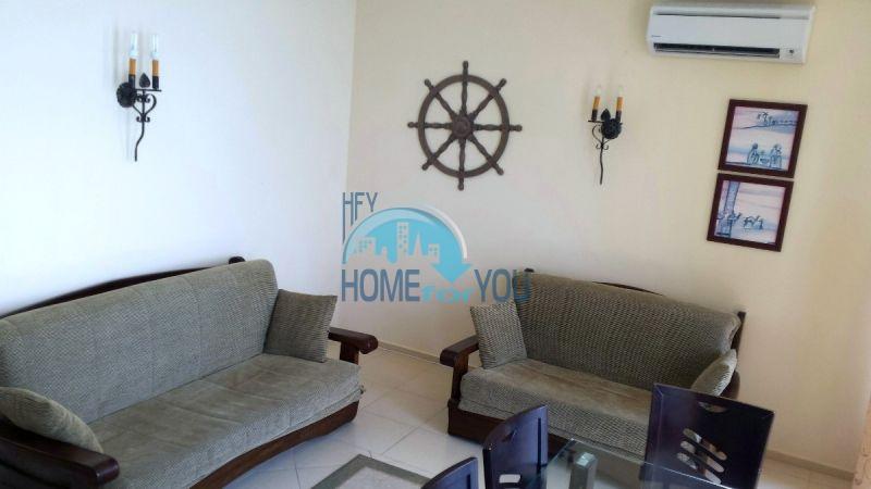 Двухкомнатная квартира с видом на море 4