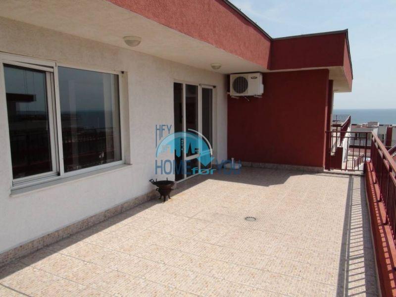 Квартира с видом на море на первой линии в Святом Власе 11