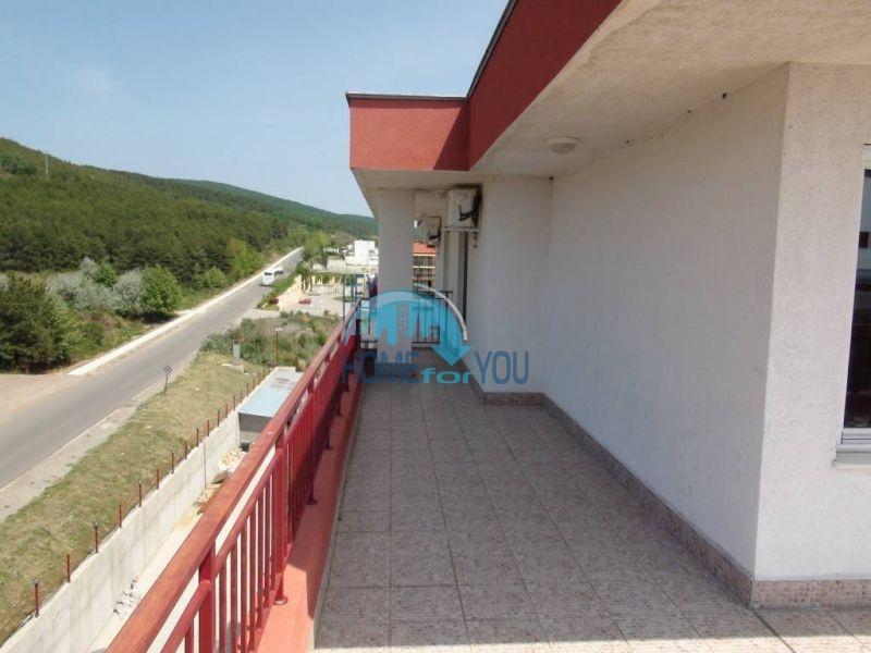 Квартира с видом на море на первой линии в Святом Власе 13
