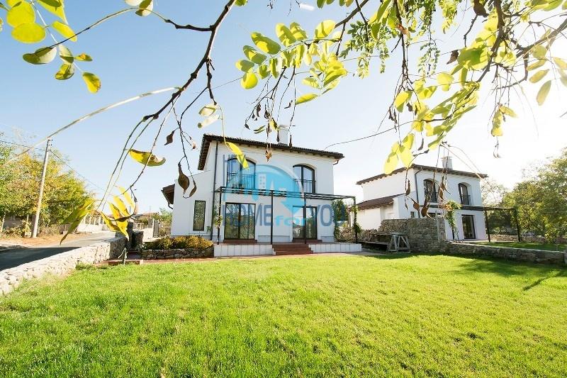 Продается отличный двухэтажный дом на южном побережье - село Велика 4