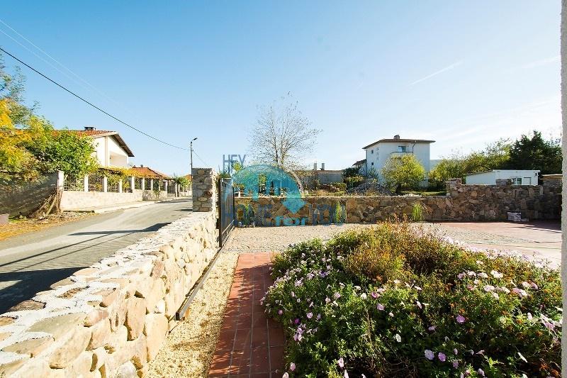 Продается отличный двухэтажный дом на южном побережье - село Велика 7