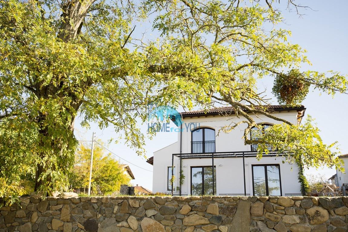 Продается отличный двухэтажный дом на южном побережье - село Велика 9