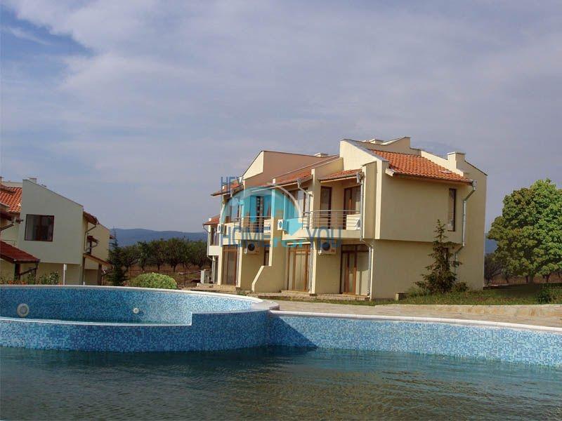Добротный капитальный дом вблизи Несебра в местности Кошарица - Чолакова Чешма 5