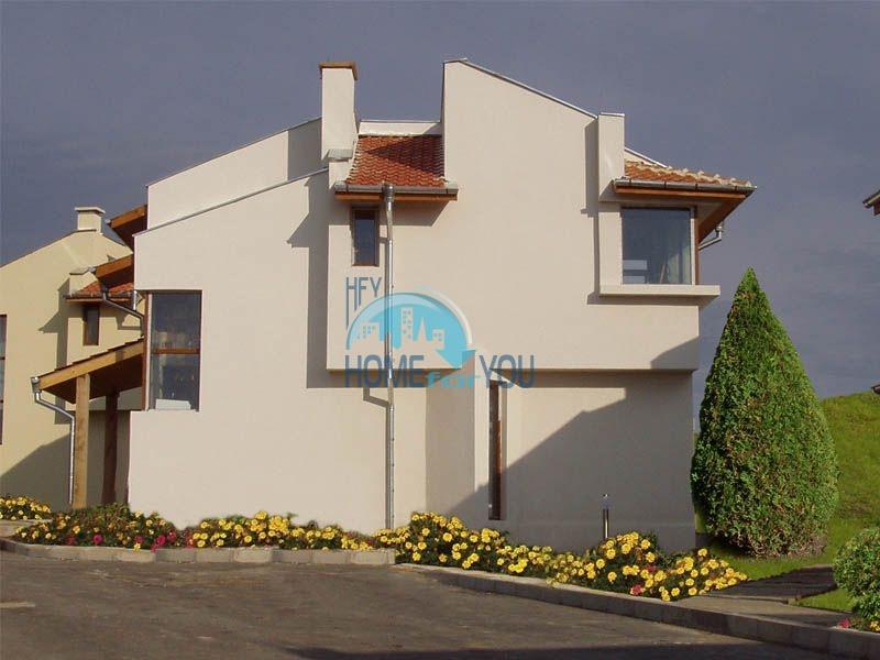 Добротный капитальный дом вблизи Несебра в местности Кошарица - Чолакова Чешма 6