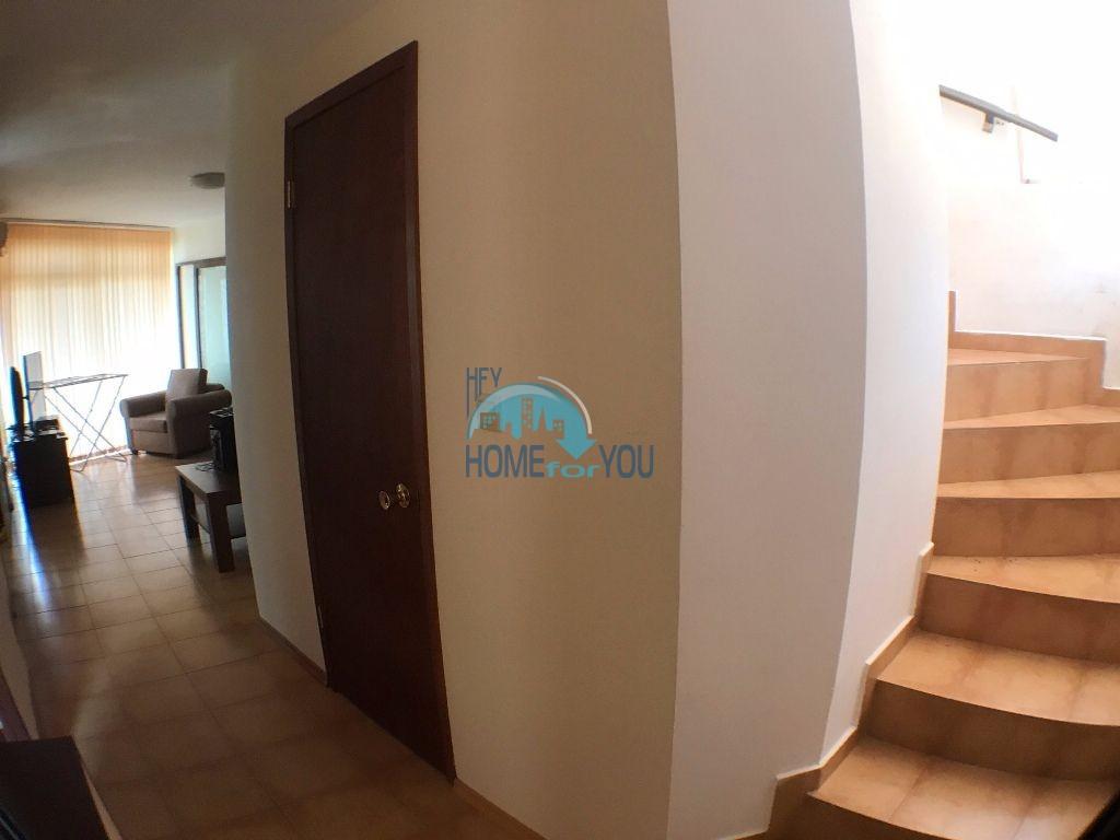 Таунхаус с тремя спальнями в хорошем комплексе в местности Кошарица 7