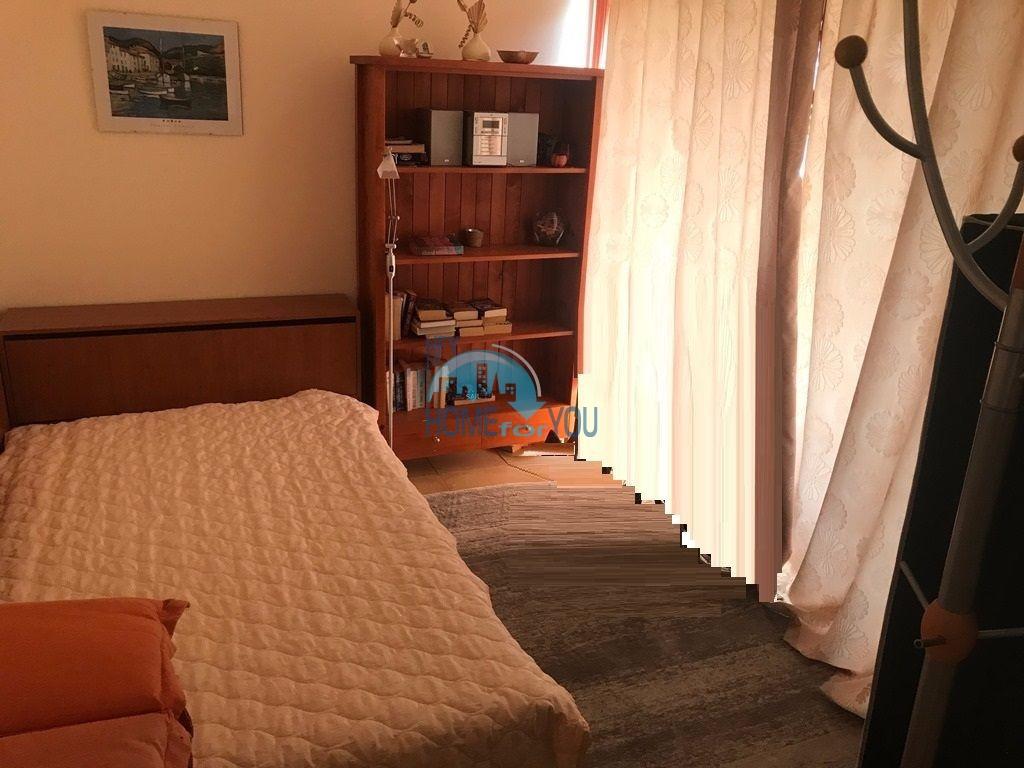 Таунхаус с тремя спальнями в хорошем комплексе в местности Кошарица 14