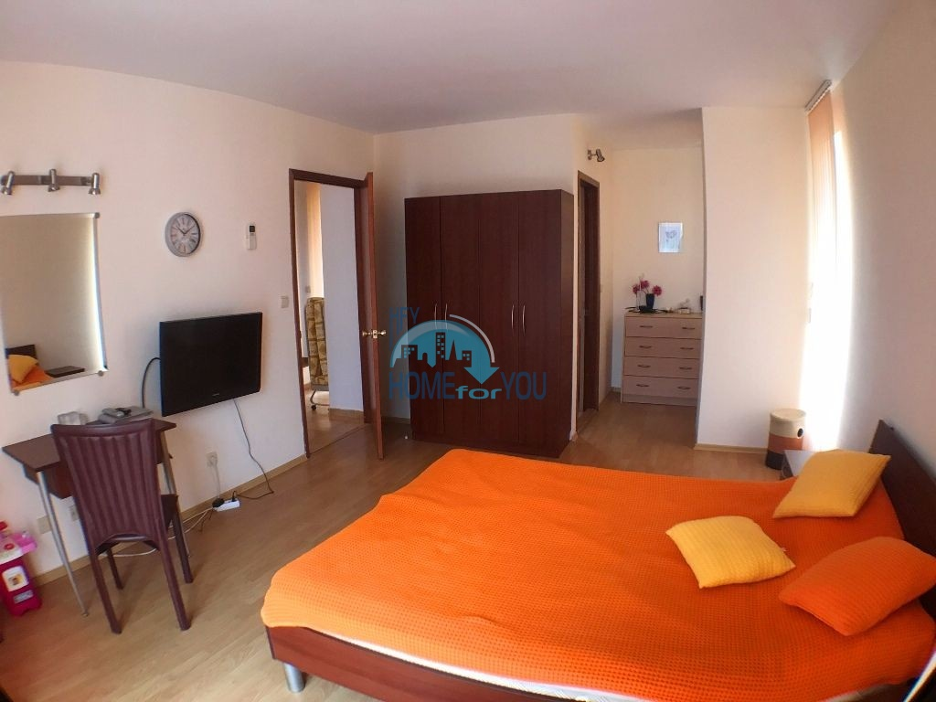 Таунхаус с тремя спальнями в хорошем комплексе в местности Кошарица 20